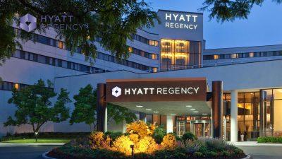 Hyatt-Regency-ho-tram